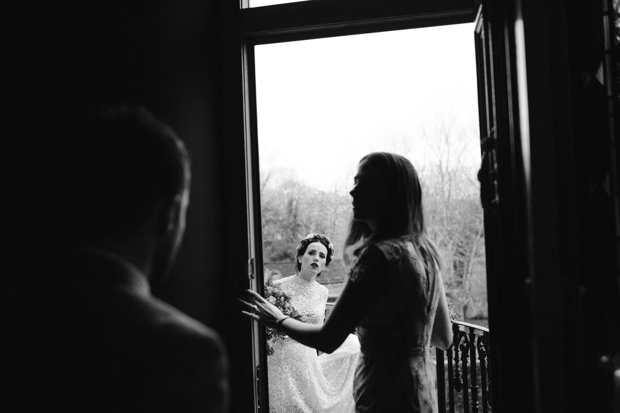 intimate wedding photographer 058