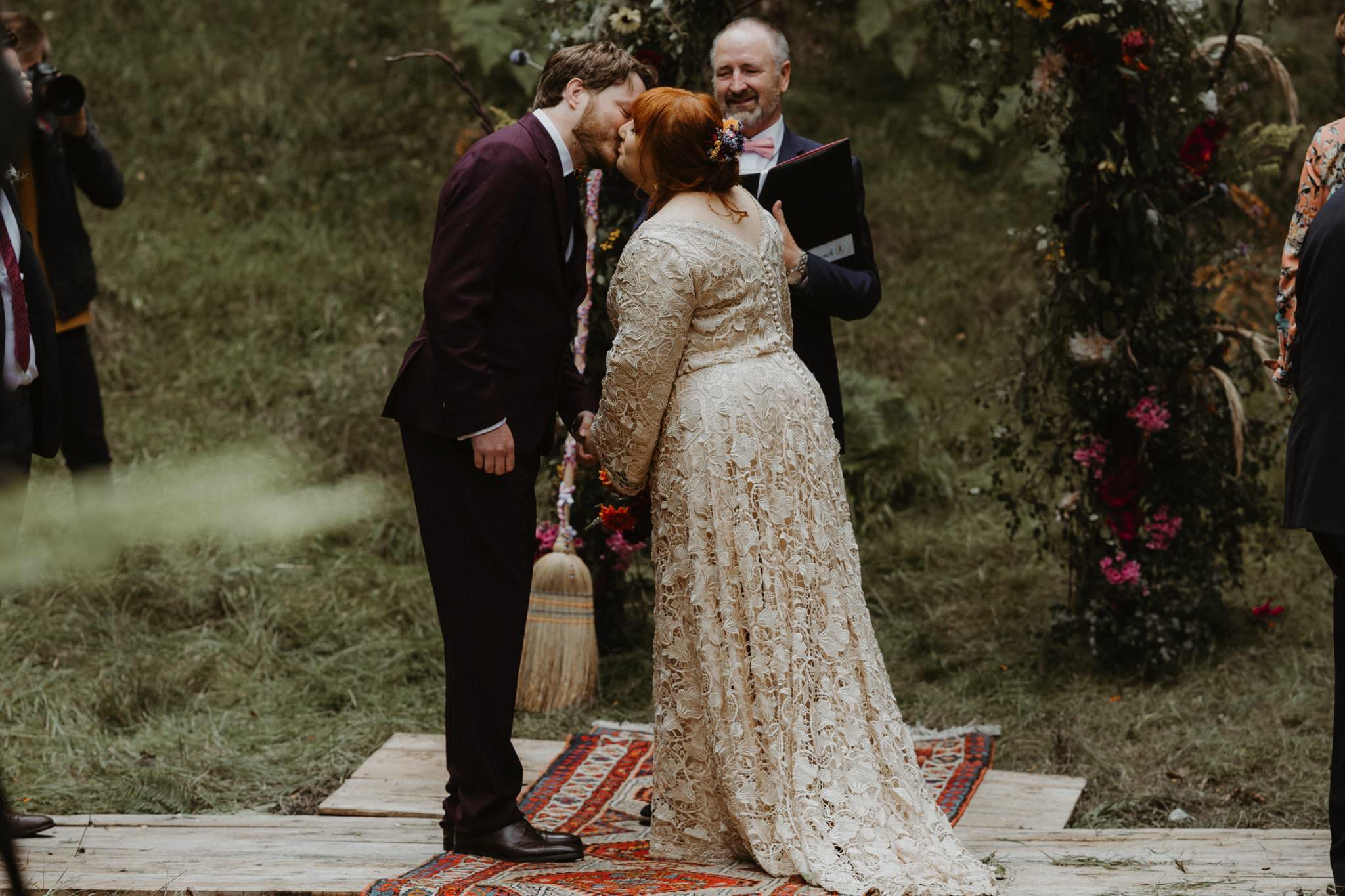 boho forest wedding 077