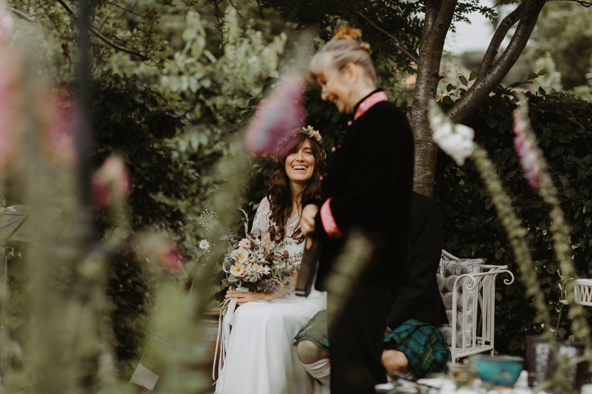 relaxed backyard wedding 069